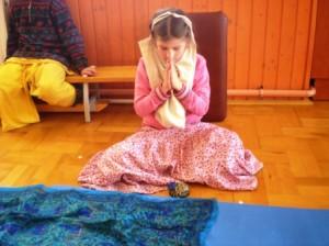 Advaita Ácsárya imádkozik